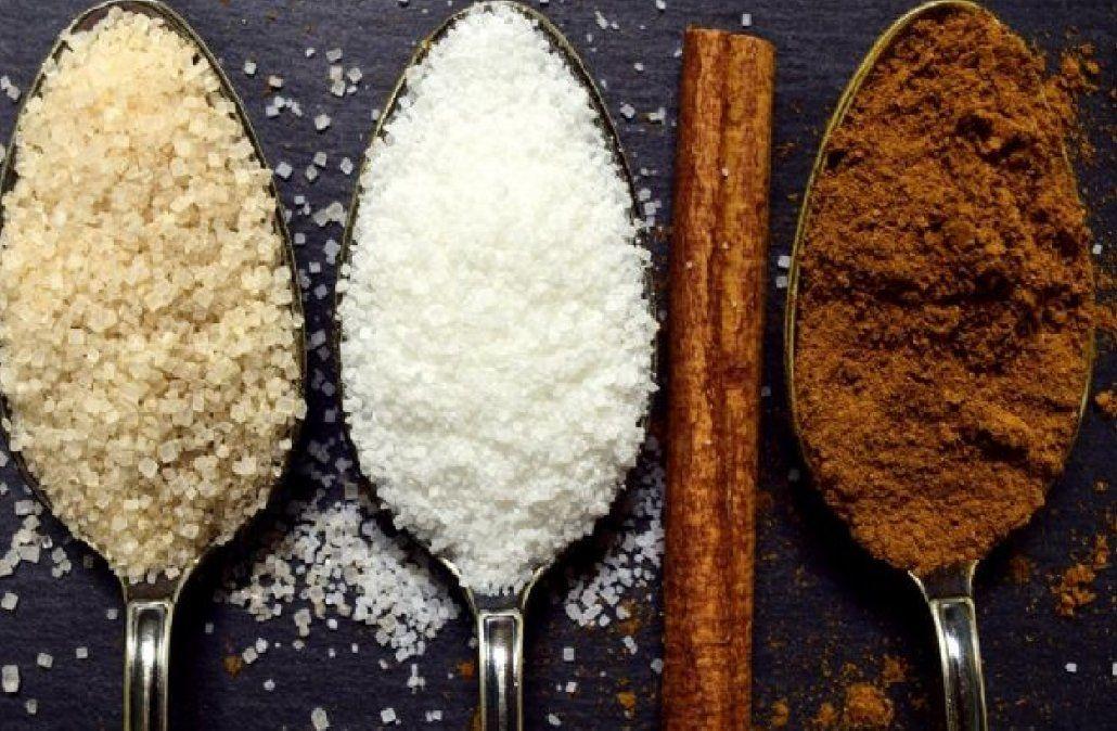Cuáles son las diferencias entre el azúcar blanca y el azúcar mascabado