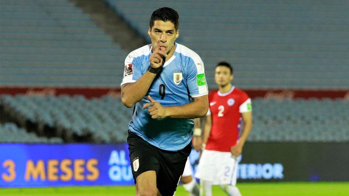 Uruguay le ganó a Chile 2 a 1 en la última pelota