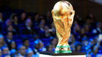 Las selecciones tendrán a sus jugadores solo una semana antes del Mundial