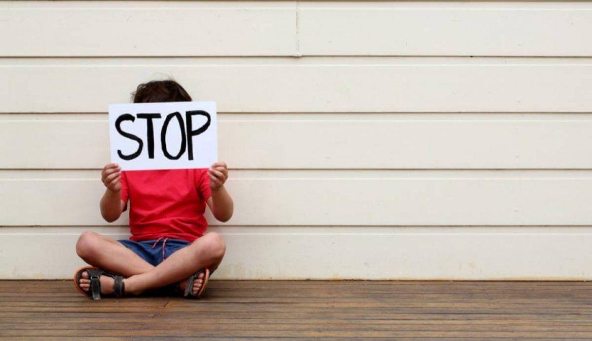 Un tribunal de la India dictaminó que tocar a un niño por encima de su ropa no es agresión sexual