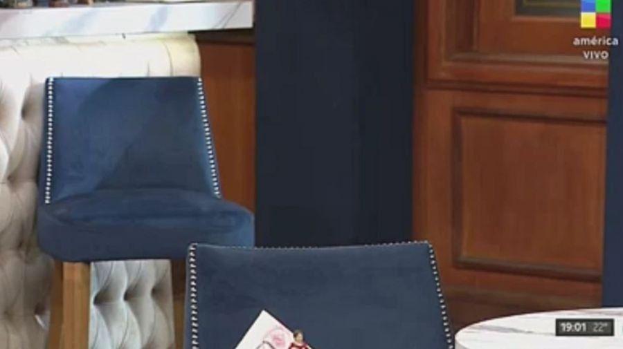 Mientras la silla de Cabak en Polémica en el Bar estaba vacía, Verónica Ojeda mandó un mensaje en vivo y apuntó contra Rocío Oliva.