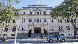"""El fiscal Martín Torres llevó a cabo la investigación. Informó que """"Villalba admitió que, a sabiendas de las posibles consecuencias, instó a un hombre a dispararle a la víctima con un arma de fuego""""."""