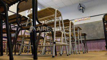 Vuelven las clases en las aulas, a pesar de las discusiones entre Educación y los gremios