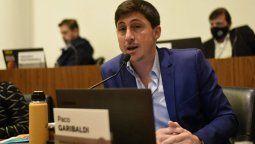Según el concejal Julio Garibaldi, el observatorio Demos determinó que cerca de 100.000 chicos santafesinos perdieron la relación pedagógica alumno - docente.