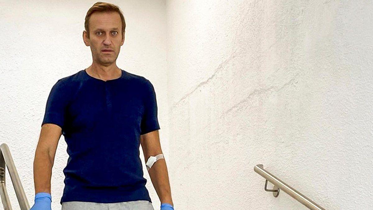 Navalny, que acusó al gobierno ruso de envenenarlo, fue detenido al volver a su país