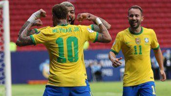Brasil goleó a Venezuela y comenzó con todo la defensa del título de la Copa América