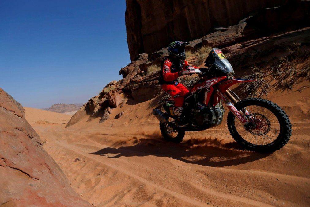 Kevin Benavides quedó como líder en motos en el Rally Dakar 2021 de Arabia Saudita.