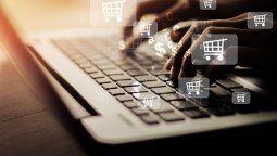 Colaboring ofrece servicios de e-commerce internacional para potenciar la exportación e importación, a través de transacciones con las últimas tecnologías de inteligencia artificial.