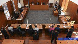 Así lo estableció la jueza penal de la ciudad santafesina de Rosario, Valeria Pedrana, al dictar la sentencia en un juicio oral iniciado el último martes contra Laferrara, padre de dos jóvenes también involucrados en crímenes con trasfondo narco.