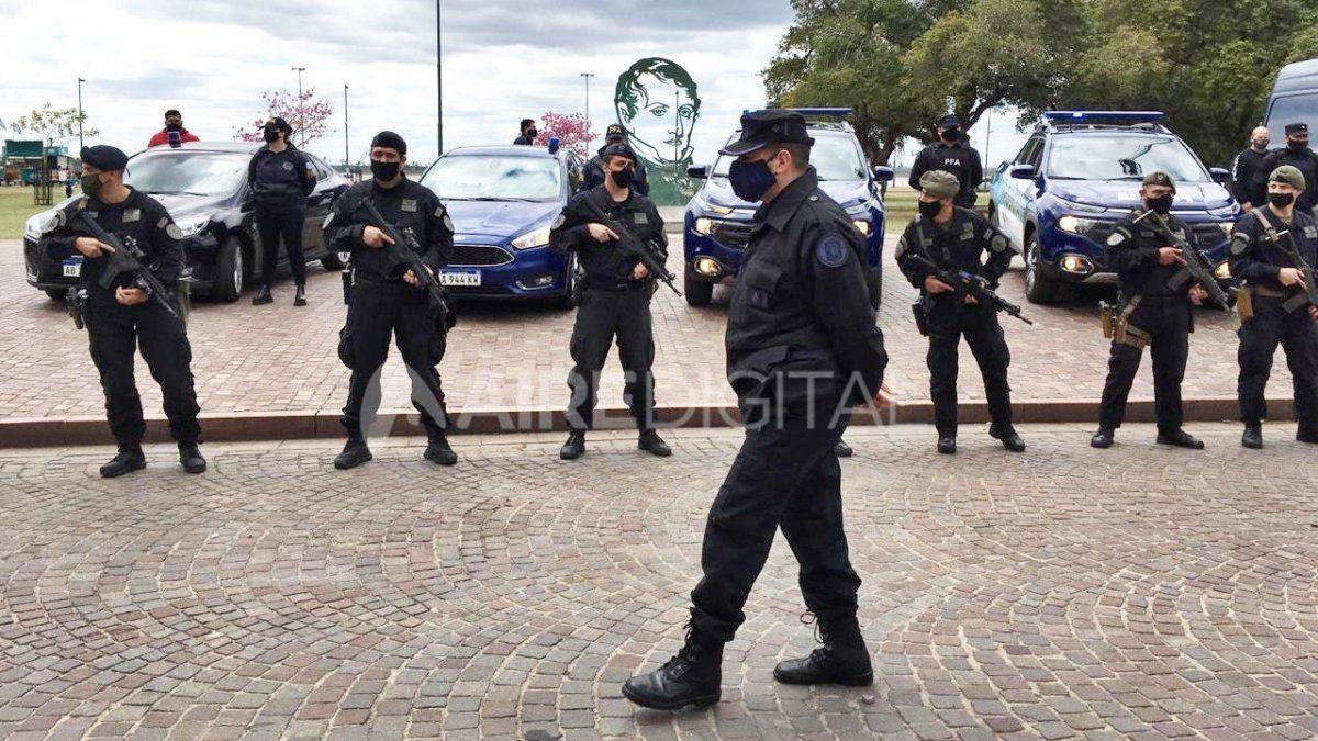 Seguridad: llegó a Rosario la Fuerza de Respuesta Inmediata de la Policía Federal