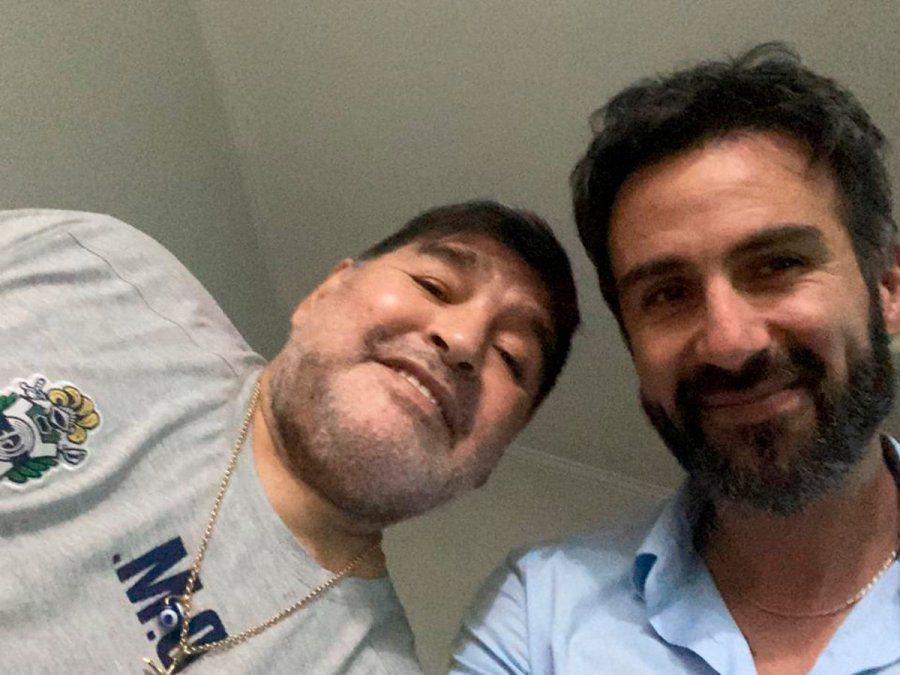 Leopoldo Luque y Diego Maradona. La Justicia admitió el pedido exmición de prisión para el médico.