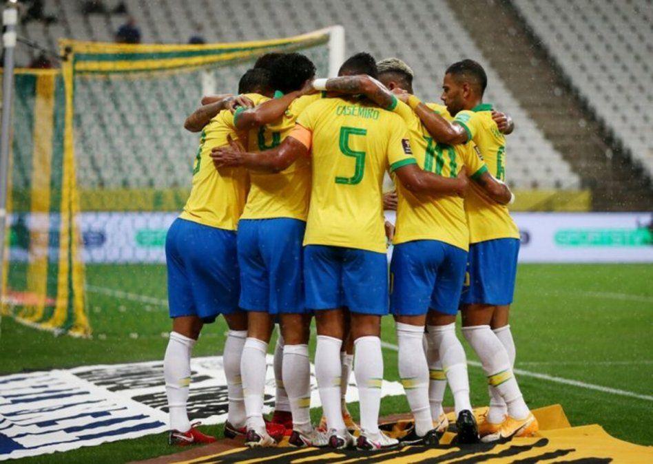 La Canarinha derrotó por 5 a 0 a Bolivia en el debut por Eliminatorias.