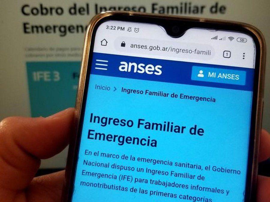 El Gobierno Nacional planea lanzar un nuevo Ingreso Familiar de Emergencia en su cuarto período. Qué datos hay que actualizar y cuándo comienza la inscripción.