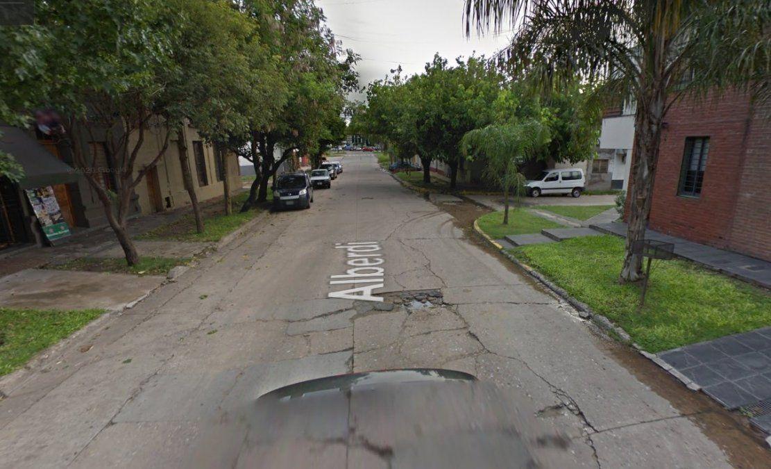 La anciana fue asaltada en la intersección de calles Alberdi y Pasaje Ruperto Pérez.