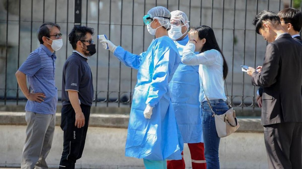 El coronavirus sigue castigando a Argentina con miles de casos diarios registrados.
