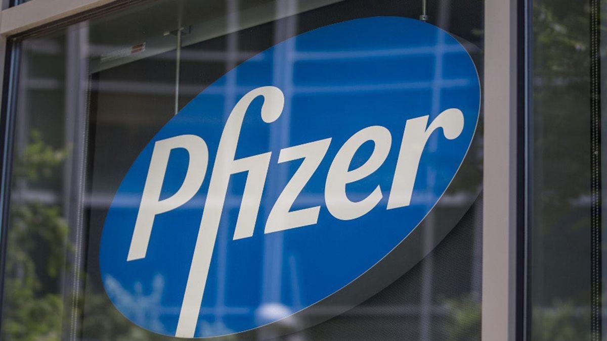 La vacuna de Pfizer fue la primera en recibir autorización de uso de emergencia