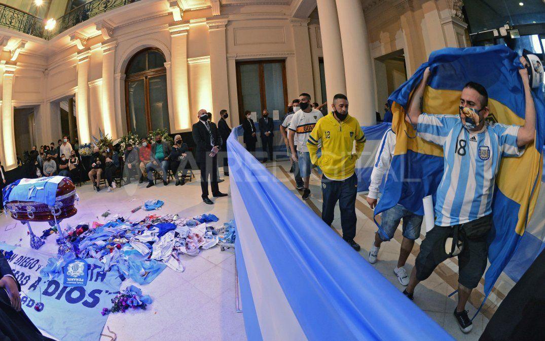 Terminó el velatorio de Maradona