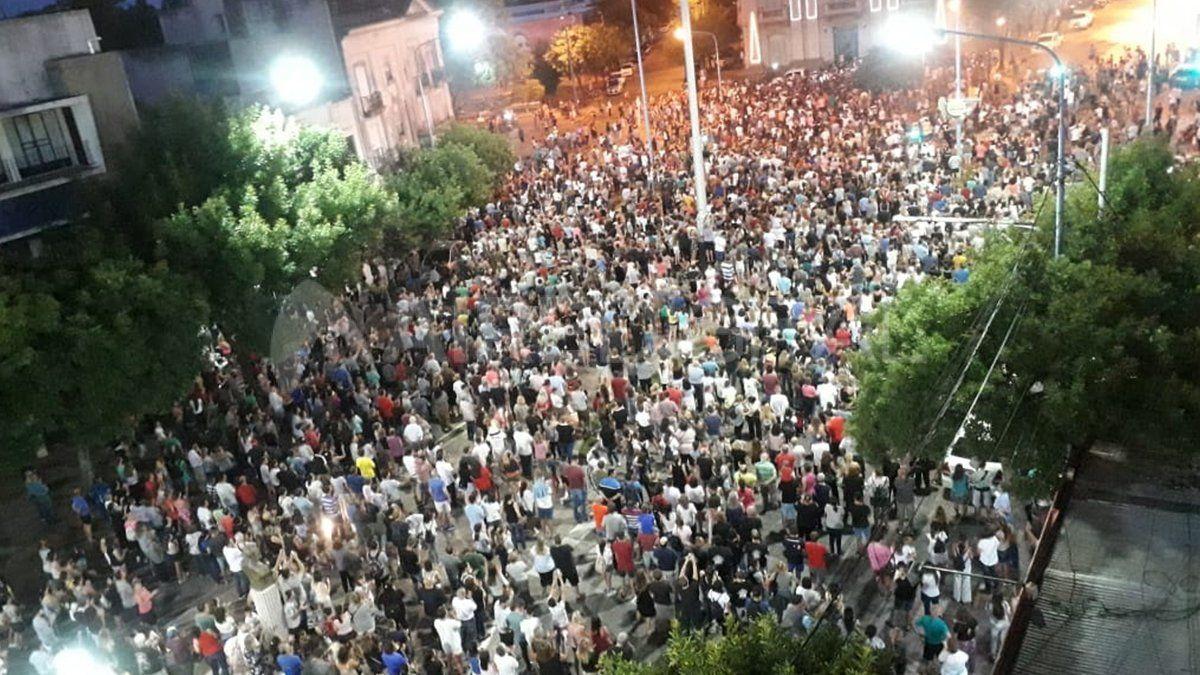 Miles de rafaelinos marcharon pidiendo justicia luego de la muerte de Gonzalo Glaria. Este martes