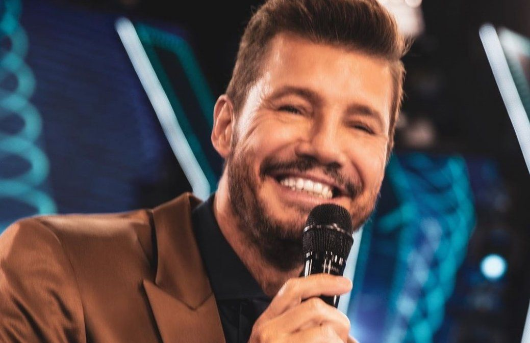 Marcelo Tinelli es el conductor de Showmatch.