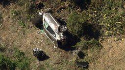 Debido a la destrucción del vehículo, Tiger Woods debió ser rescatado del interior del mismo con pinzas hidráulicas, según confirmó el Departamento del Sheriff del condado de Los Ángeles (LASD).