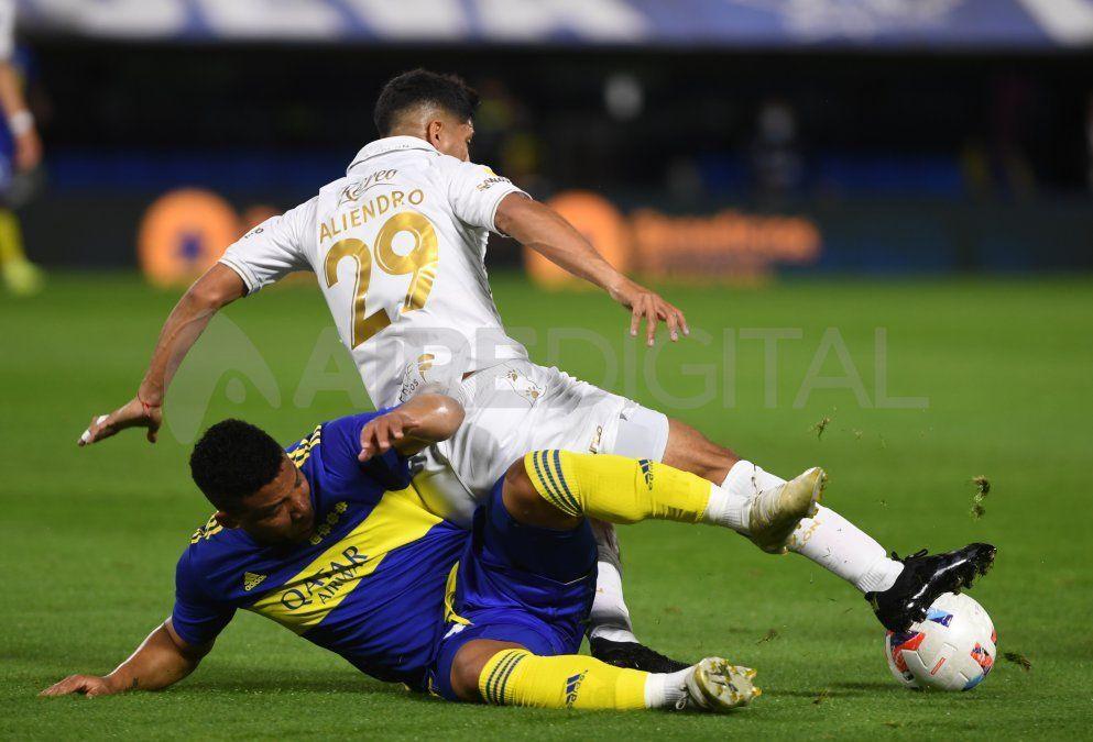 Colón cayó con Boca y volvió a sufrir otro revés en el Torneo de la Liga Profesional.
