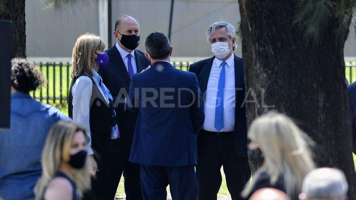 Alberto Fernández llegó a Rosario junto a funcionarios nacionales para anunciar el programa Detectar Federal en Santa Fe.