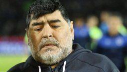La autopsia de Maradona determinó que murió como consecuencia de un edema agudo de pulmón secundario a una insuficiencia cardíaca crónica reagudizada y descubrieron en su corazón una miocardiopatía dilatada.