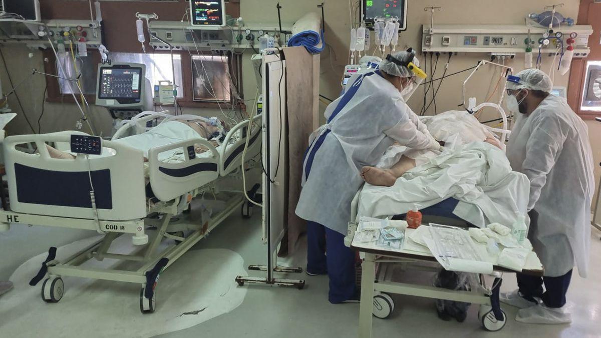 Hay 263 pacientes santafesinos internados en terapia intensiva con asistencia respiratoria