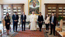 El ministro y el pontífice abordaron la situación de la deuda que debe afrontar el país con el Fondo Monetario Internacional (FMI) y con el Club de París.