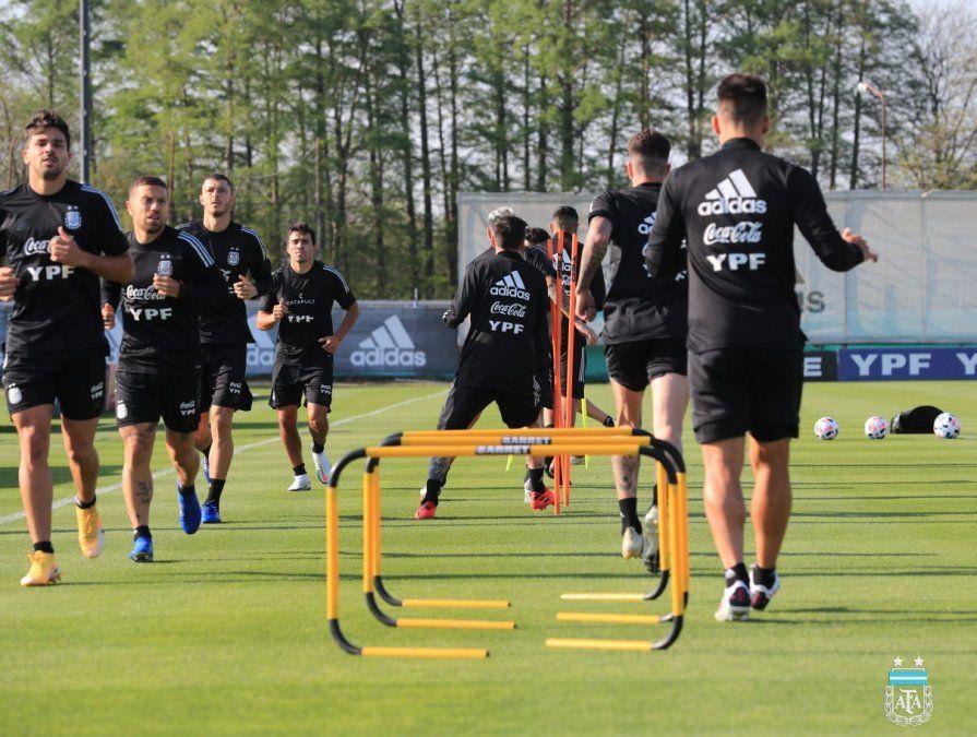 Scaloni mantiene una sola duda para el duelo de la selección argentina ante Ecuador