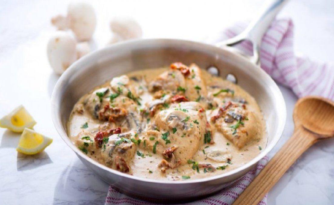 Cómo preparar una exquisita cazuela de pollo a la crema