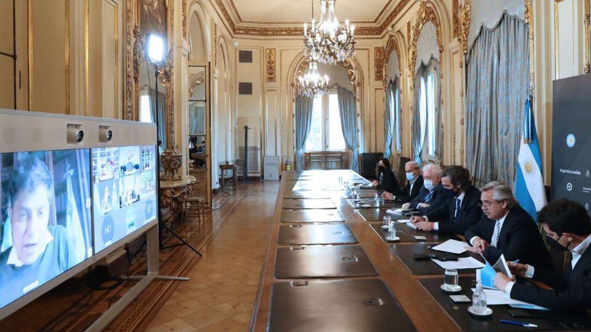 Fernández se reúne con gobernadores por videoconferencia para analizar las medidas sanitarias