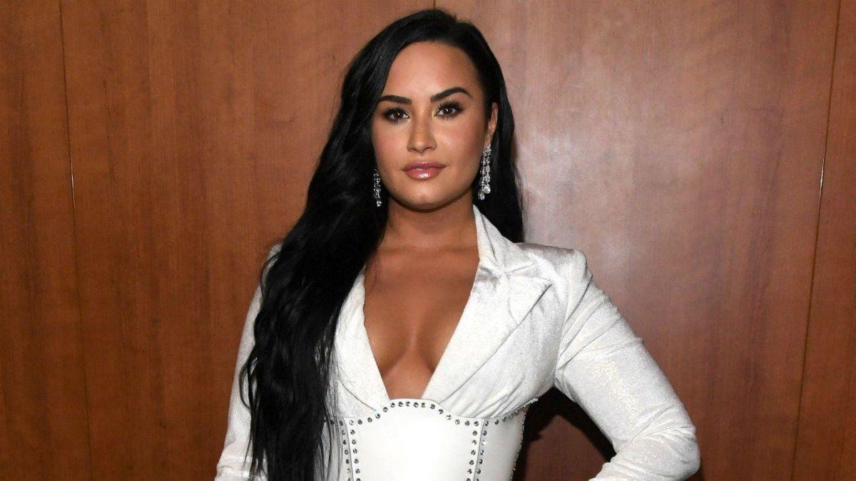 Demi Lovato revela que se identifica como de género no binario