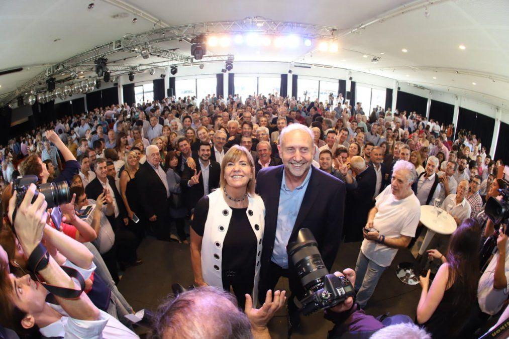 Ante el PJ unido, Perotti advirtió la emergencia económica de la provincia y llamó a poner de pie a Santa Fe