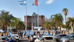 El Partido Justicialista convocó este jueves a movilizarse el próximo martes 27, al cumplirse 10 años de la muerte de Néstor Kirchner y un año del triunfo electoral del Frente de Todos, manteniendo la distancia social y respetando las medidas sanitarias.