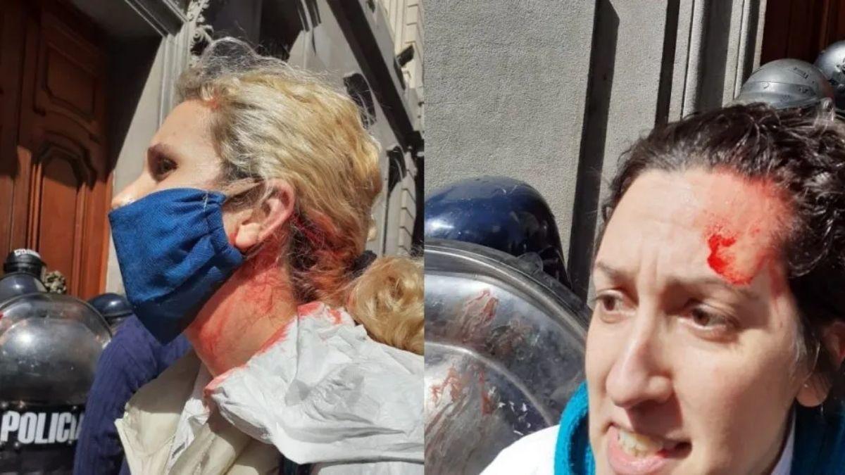 Buenos Aires: la Policía reprimió a enfermeros y enfermeras que se manifestaron frente a la Legislatura