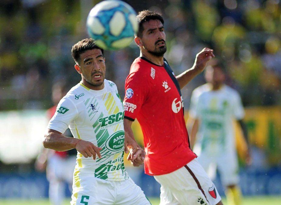 Colón no aprovechó las chances que tuvo y empató sin goles con Defensa y Justicia