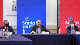 El gobernador Omar Perotti presentó este martes el instrumento virtual que tiene como objetivo incentivar la demanda de bienes y servicios mediante el otorgamiento de importantes reintegros de dinero a quienes realicen compras en comercios de la provincia.