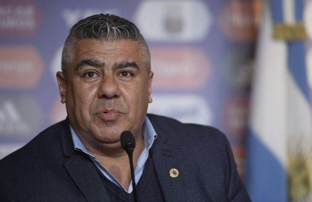 Claudio Chiqui Tapia acordó con Sergio Marchi una extensión excepcional por seis meses de los contratos de los jugadores.