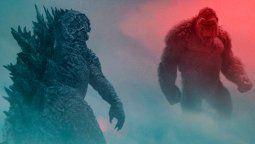 Kong y sus protectores se unen en un peligroso viaje para encontrar su verdadero hogar. Sin embargo, todo se sale de control cuando se cruzan en el camino de Godzilla, completamente enfurecido, dejando un rastro de destrucción en todo el mundo.