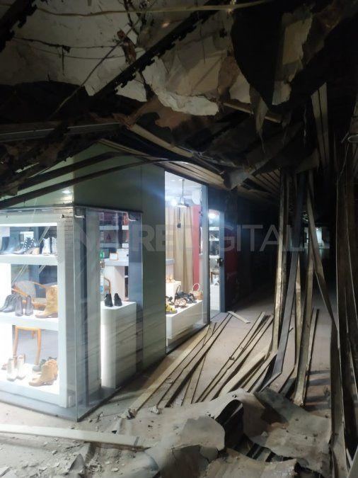 Uno de los locales de la galería Garay quedó