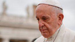 El Papa afirmó en el documental Francesco, del director ruso Evgeny Afineevsky, que las personas homosexuales tienen derecho a estar en una familia, son hijos de Dios, tienen derecho a una familia.