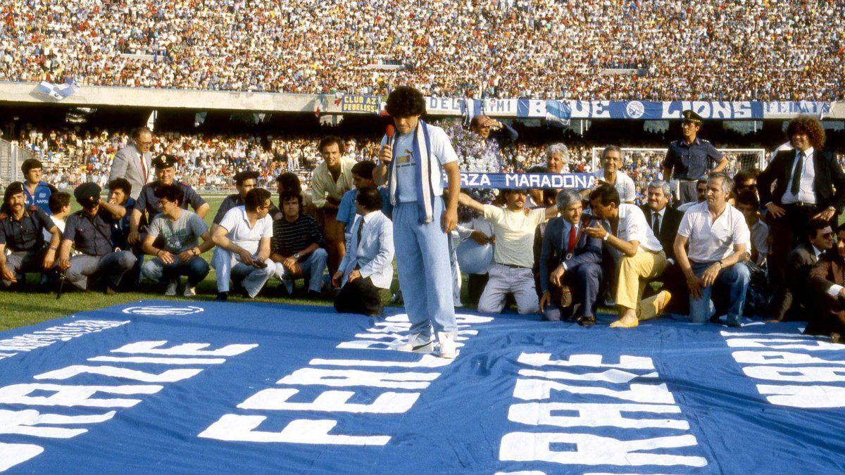 Diego Maradona: el estadio del Napoli se llamará como el astro argentino