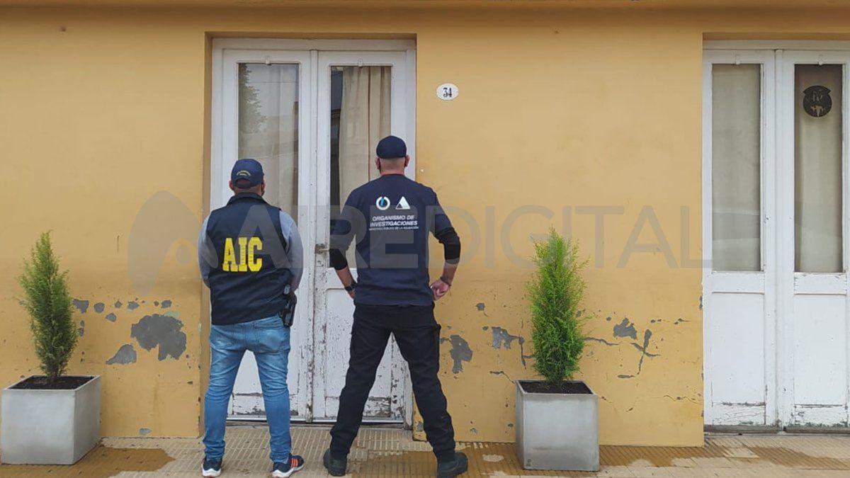 Ceres: La Agencia de Investigación Criminal desarticuló una organización dedicada al juego clandestino. Incautaron armas y dinero en efectivo