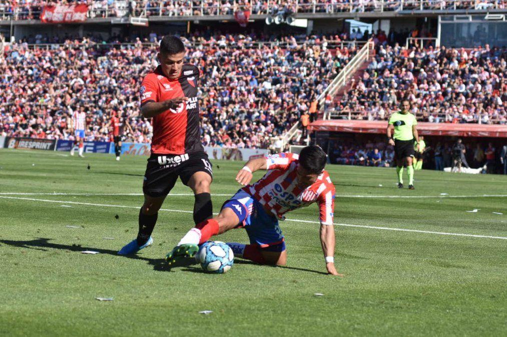 Colón y Unión.disputarán este domingo una nueva edición del Clásico Santafesino.