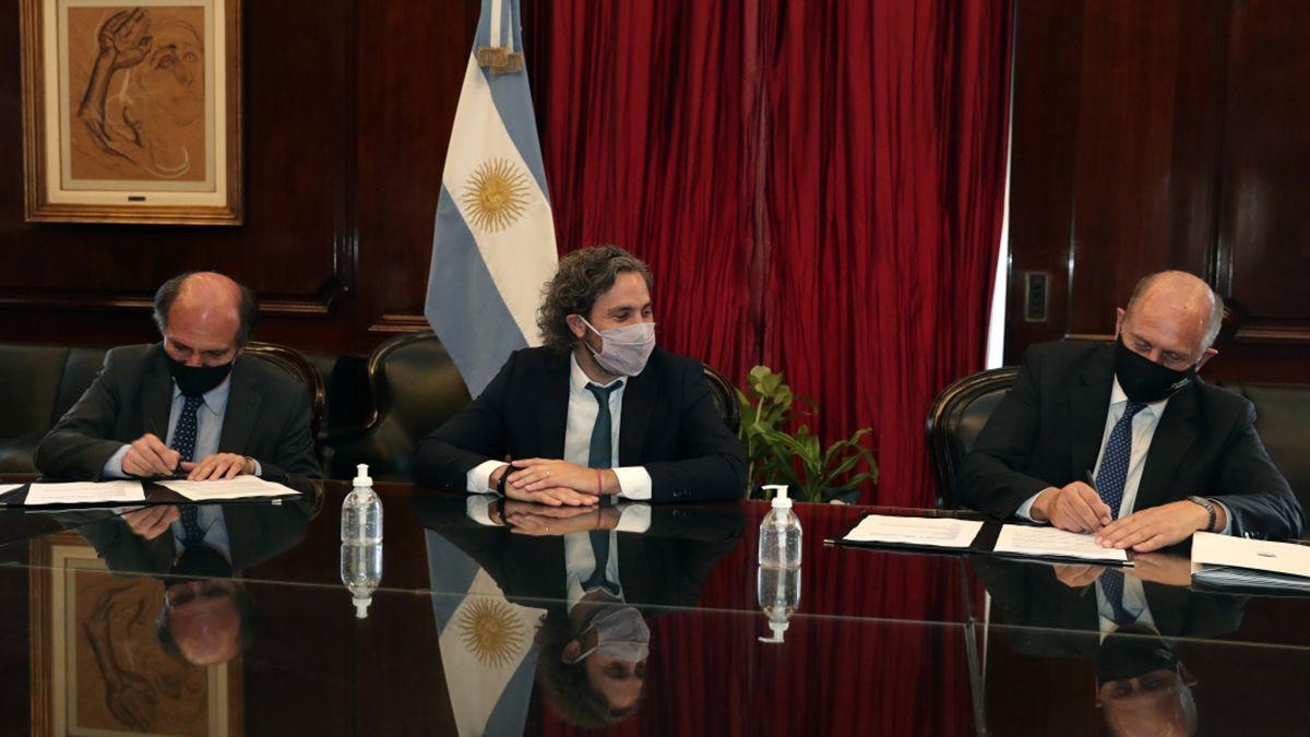 El gobernador Omar Perotti firmó este miércoles en la ciudad de Buenos Aires un convenio con el presidente del Banco de la Nación Argentina