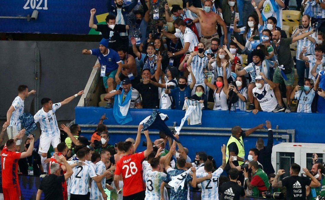 La AFA confirmó que habrá público en el partido entre Argentina y BOlivia por las Eliminatorias y el Gobierno nacional remarcó cuál es el protocolo para poder ingresar al Estadio Monumental.
