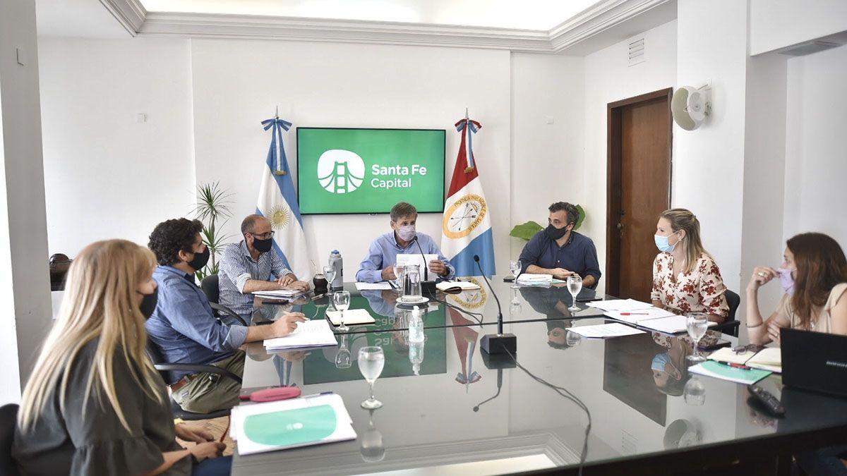 El intendente Emilio Jatón encabezó este jueves una nueva reunión del Comité de Gestión de Riesgos.