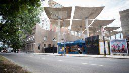 El gobierno de la provincia confirmó que la estructura instalada en el Molino Fábrica Cultural permanecerá en el frente del inmueble hasta abril para ejecutar las tareas de promoción y difusión del Boleto Educativo Gratuito.