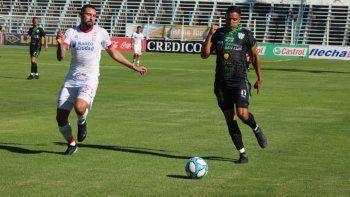 Huracán quedó sorpresivamente eliminado por penales ante Estudiantes de San Luis